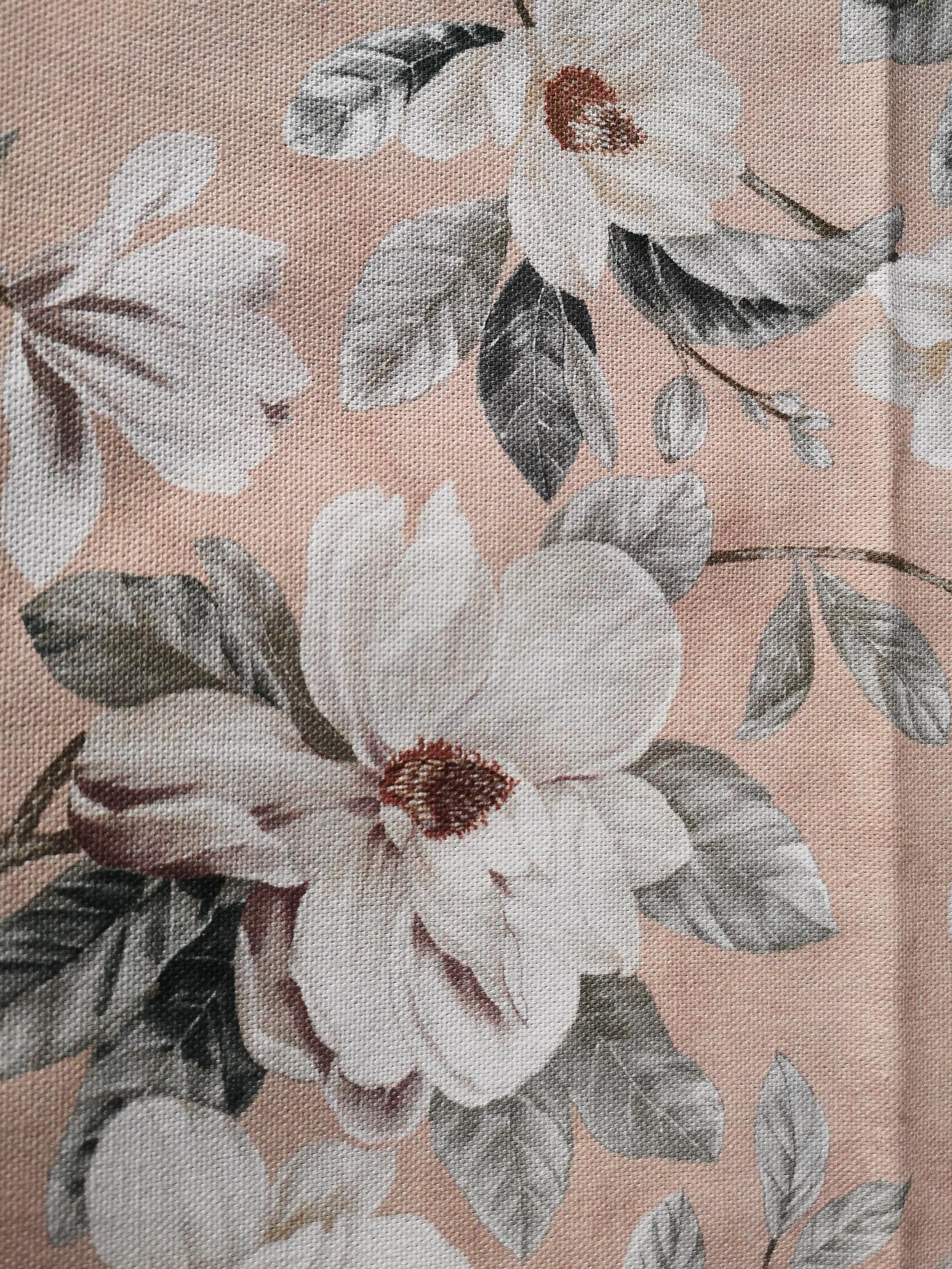 Tischdecke Blumenbeige