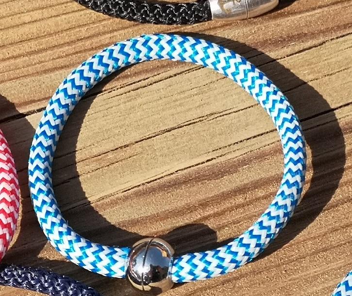 Segelseilarmband Hellblau-Weiß